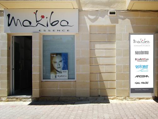 makiba-signage