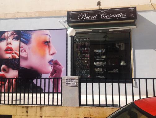 picord-cosmetics-3-outdoor